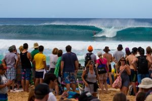 vtcs16_florence3742pipe14kirstin__large_900_600_90auto_c1_800_533