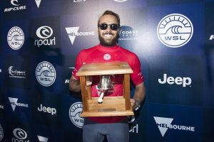 Jordy Smith of South Africa is the 2017 Rip Curl Pro Champion with Caio Ibelli of Brazil the runner-up.  With their results Smith moves into World No. and Ibelli moves in to World No. 7 positition on the Jeep Leaderboard.